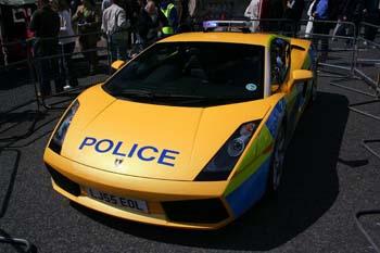 Lamborghini Gallardo police UK devant